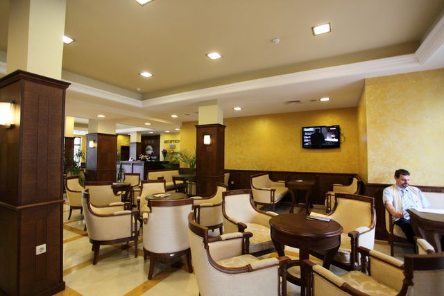Bendita Mare apart-hotel - Food and dining